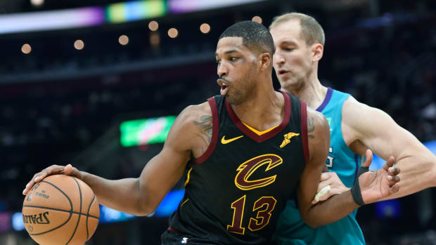 Cavaliers center Tristan Thompson tries to get around Hornets center Cody Zeller during a recent game.
