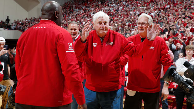 bob-knight-indiana-return