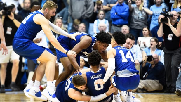 Duke beats UNC basketball rivalry 2020 Wendell Moore
