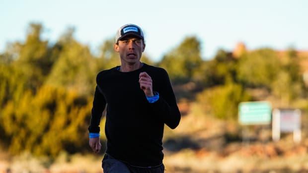 jim-walmsley-running-lead