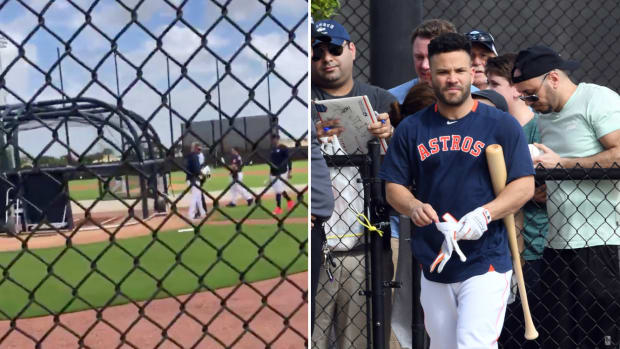 Jose Altuve takes batting practice at Astros spring training