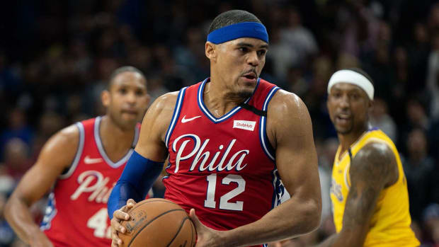 watch-76ers-vs-lakers