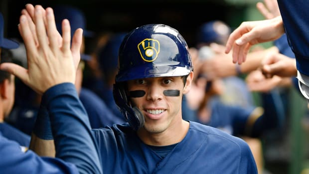 christian-yelich-brewers-extension