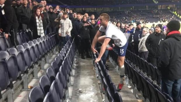 Eric Dier Stands