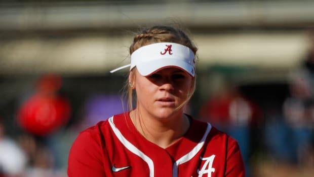 Alabama pitcher Lexi Kilfoyl