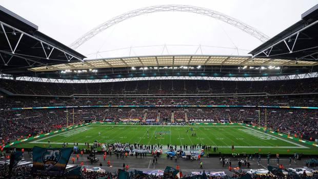 nfl-fans-london-wembley-17-games