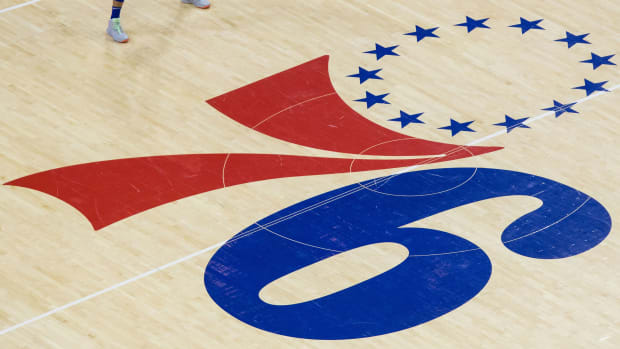 Philadelphia 76ers court logo