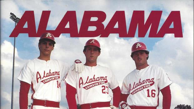 1986 Alabama baseball media guide