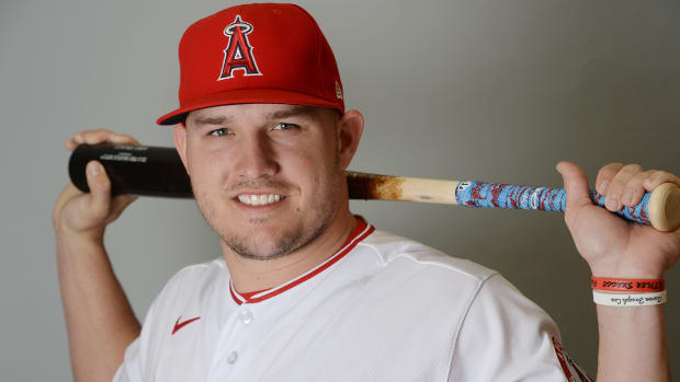 mike trout htumb