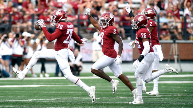 Washington State redshirt senior DB died at age 22 on Tuesday night.