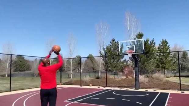 Screenshot of Chauncey Billups during ESPN's NBA H-O-R-S-E competition