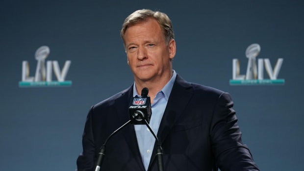 roger-goodell-super-bowl