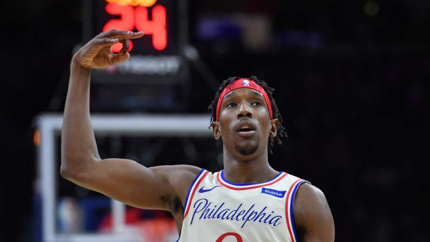 76ers' Josh Richardson playing against the Milwaukee Bucks.