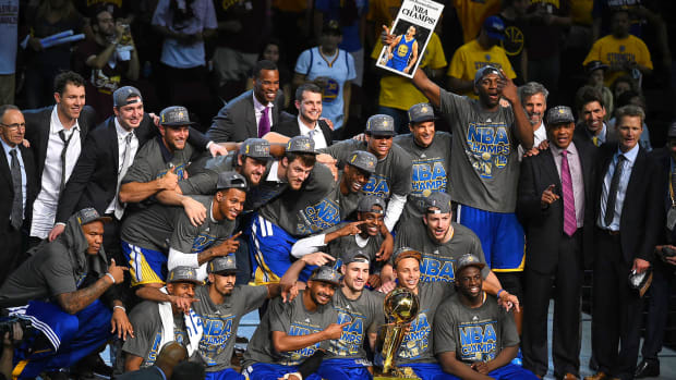 warriors-championship-picture-2015