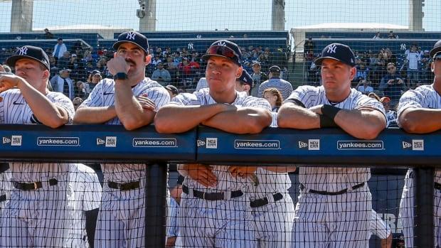Yankees thumb