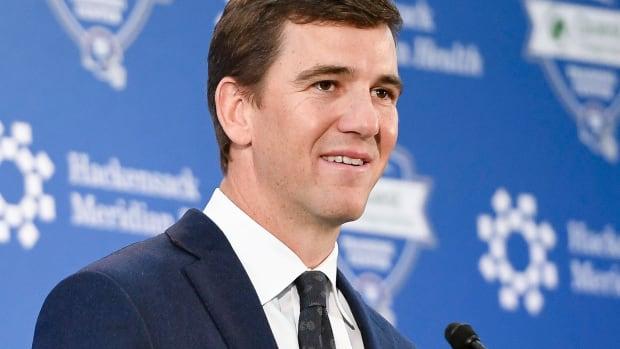 Eli manning thuimb