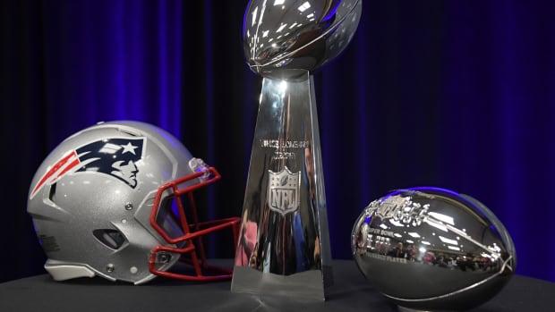 Patriots Helmet Thumb