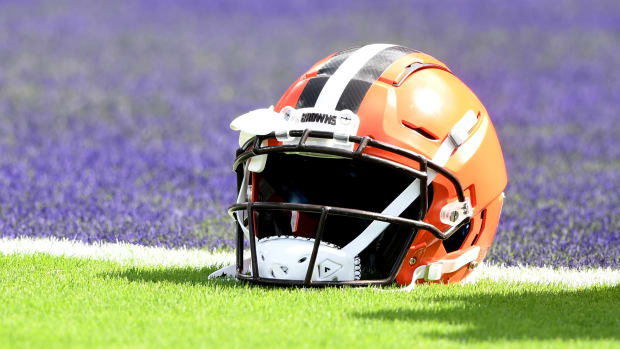 Browns Helmet THumb