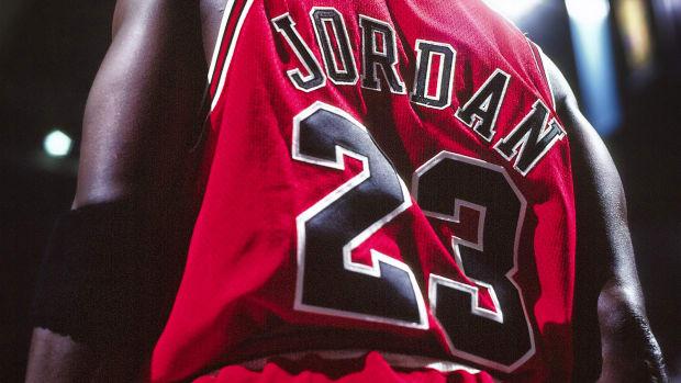michael-jordan-jersey