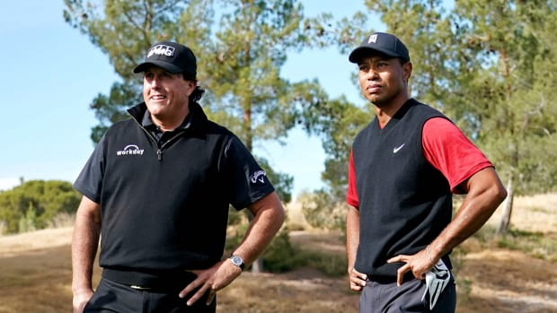 tiger-woods-phil-mickelson-the-match