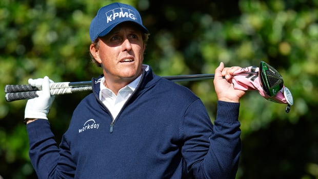 phil-mickelson-tiger-phil-match