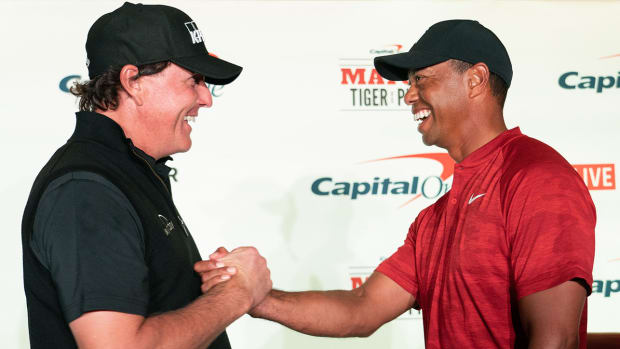 tiger-woods-phil-mickelson