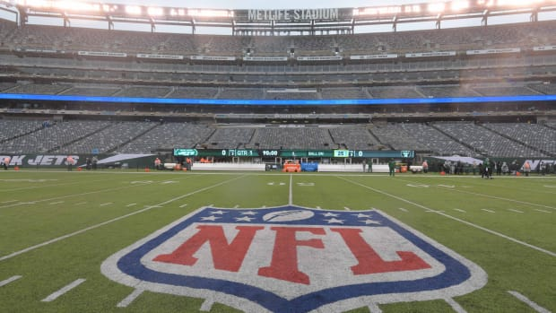 The NFL is reportedly considering allowed fan sound in stadiums.