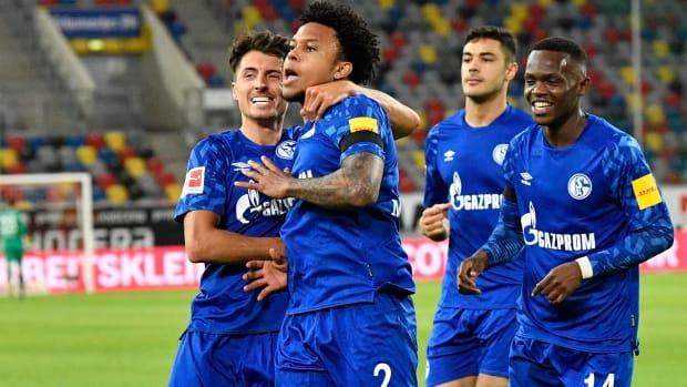 Schalke-Dusseldorf-McKennie-USMNT