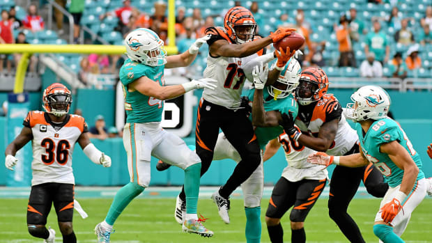 nfl-onside-kick-bengals-dolphins