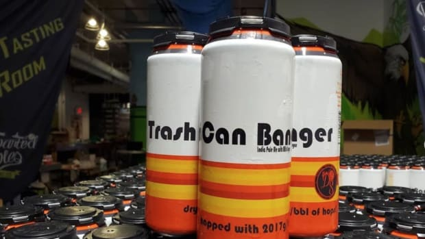astros-trash-can-beer