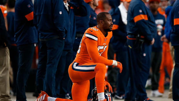 Denver Broncos outside linebacker Von Miller (58) on the sidelines in the fourth quarter against the Detroit Lions at Empower Field at Mile High. Mandatory Credit: Isaiah J. Downing-USA TODAY Sports