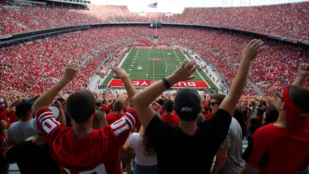 fans-celebrating-at-Ohio-Stadium