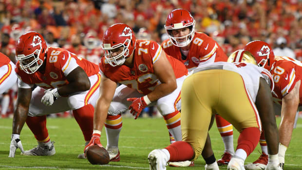 Aug 24, 2019; Kansas City, MO, USA; Kansas City Chiefs quarterback Kyle Shurmur (9) readies for the snap from offensive guard Nick Allegretti during the game against the San Francisco 49ers at Arrowhead Stadium. Mandatory Credit: Denny Medley-USA TODAY Sports