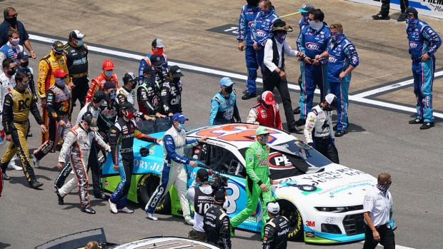 nascar-drivers-support-bubba-wallace