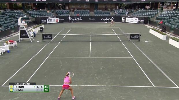 Highlights: Aussie Open Champ Kenin Sharp in Tennis' Return in Charleston