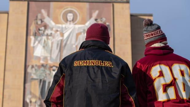 Fans Fans at Notre Dame