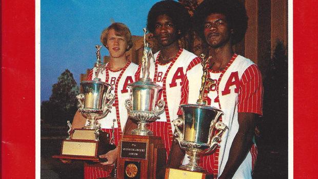 1976-77 Alabama basketball media guide