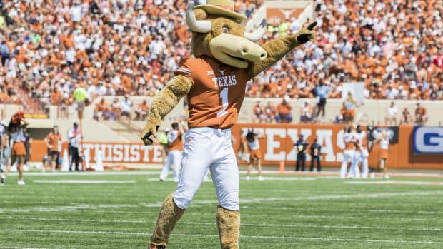 Texas Fan Broll 88