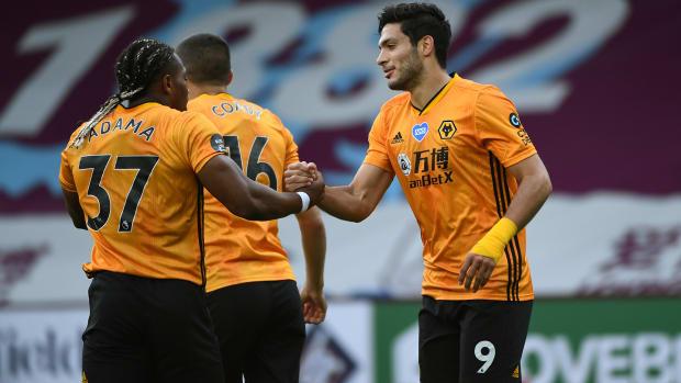Raul-Jimenez-Wolves-Burnley
