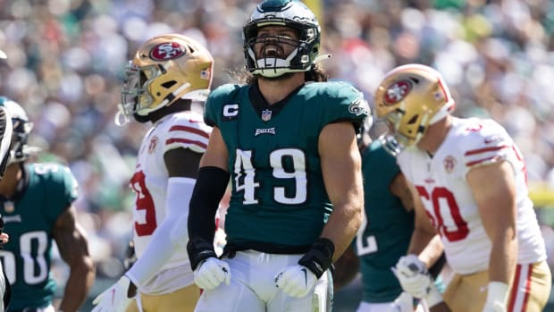 Alex Singleton led the Eagles LBs in playing time against the 49ers