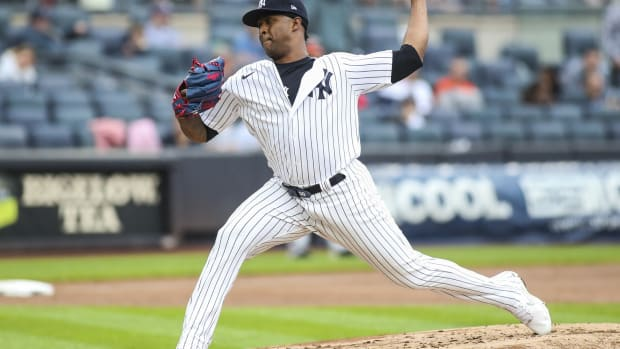 Yankees RP Joely Rodriguez pitching