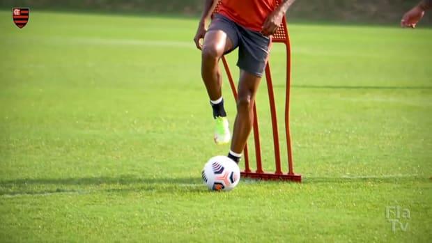 Flamengo prepare for the clash against Barcelona SC