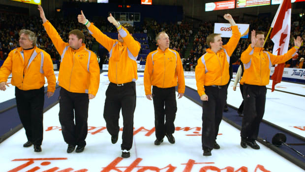 2006Trials_Gushue march