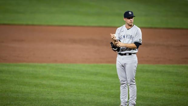 Yankees RP Michael King standing on mound