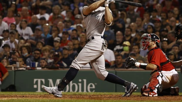 Yankees DH Giancarlo Stanton hits grand slam