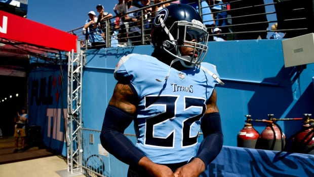 Tennessee Titans running back Derrick Henry (22) takes the field to face the Colts at Nissan Stadium Sunday, Sept. 26, 2021 in Nashville, Tenn.