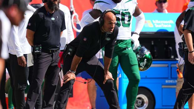 Jets head coach Robert Saleh looking on from sideline