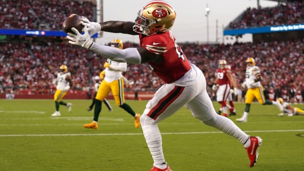 Sep 26, 2021; Santa Clara, California, USA; San Francisco 49ers wide receiver Deebo Samuel (19) is unable to make a catch in the end zone against the Green Bay Packers in the second quarter at Levi's Stadium. Mandatory Credit: Cary Edmondson-USA TODAY Sports