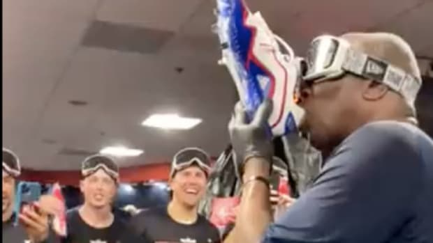 Dusty Baker's shoey celebration of the Astros' division title
