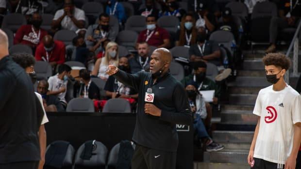 Atlanta Hawks Coach Nate McMillan addressing participants at annual Coaches Clinic.